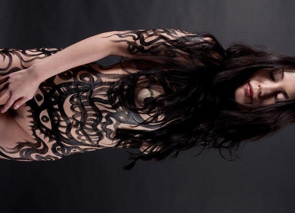Photo: Kiyokazu Watanabe  model: Yuko Endo
